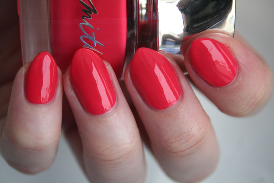 Smith & Cult Nail Lacquer in Psycho Candy.