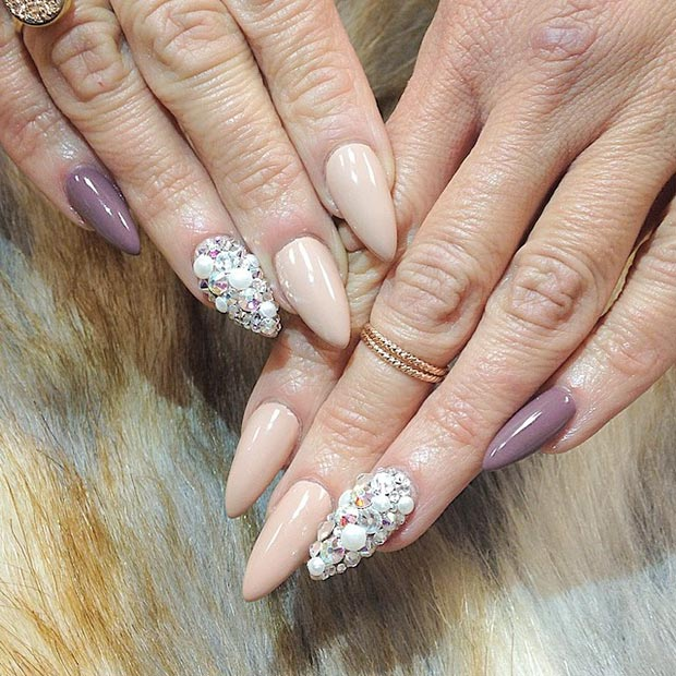 Nude Pearls Accent Nail Stiletto