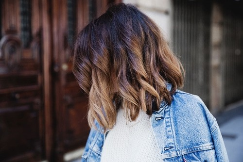 Short Layered Hairstyle for Curly Hair
