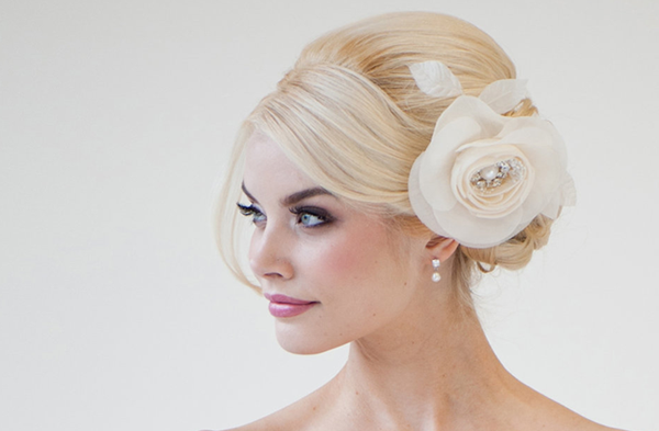 wedding hair tips for your wedding weather