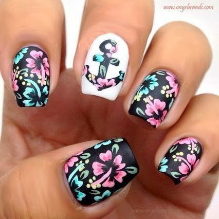 Stylish Floral Nails