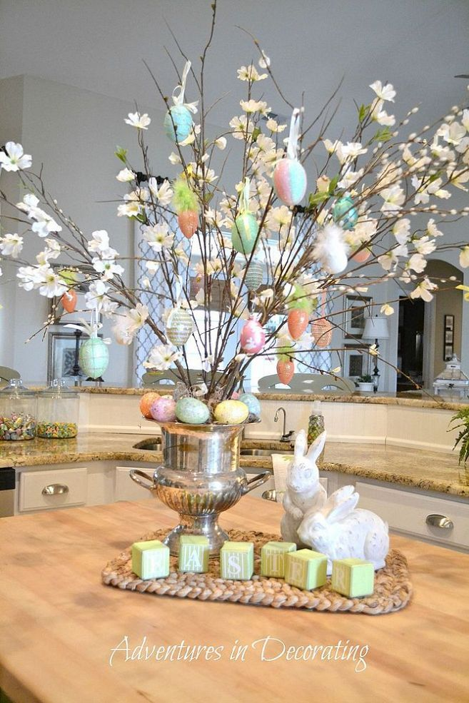 Easter Eggs and Flowers Holder