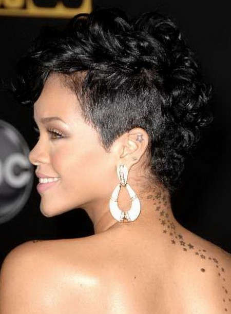 Rihanna Short Black Hairstyle for Black Women