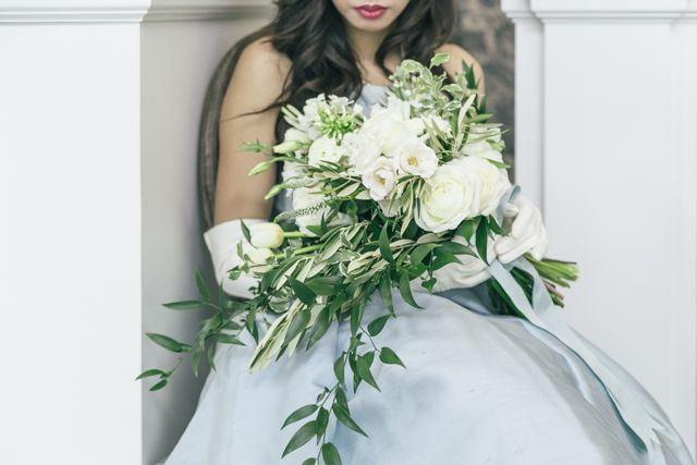 White bridal bouquet with powder blue ribbons | The Love Studio | see more on: http://burnettsboards.com/2015/03/vintage-dior-wedding-editorial/