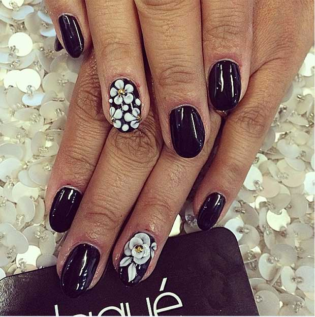 Floral Accent Nails