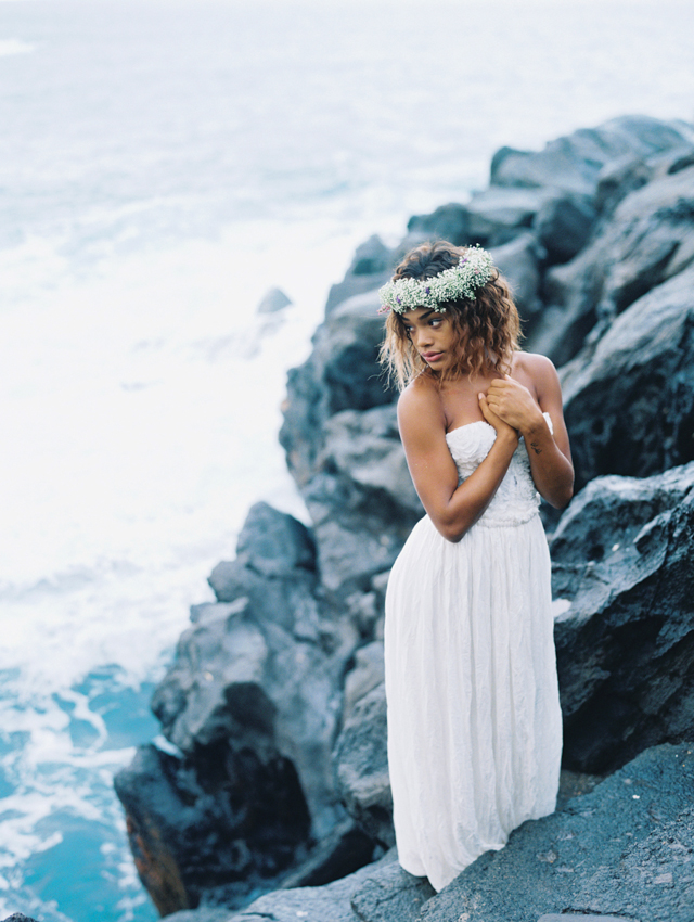 Maui bridals | Wendy Laurel | see more on: http://burnettsboards.com/2015/03/colorful-maui-bridal-inspiration/