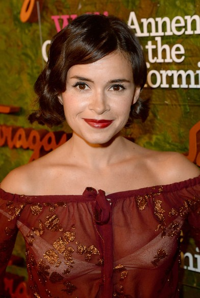 Miroslava Duma Short Hairstyle - Short Wavy Black Haircut for Women