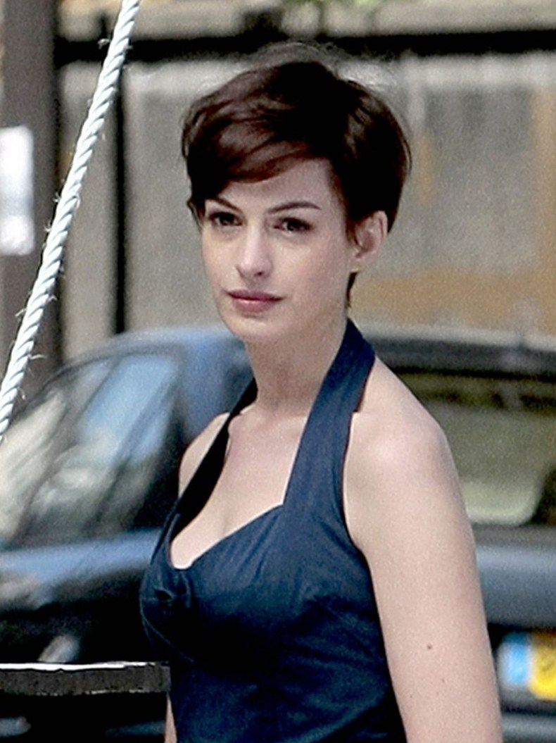 Anne Hathaway Hairstyles Messy Pixie Cut