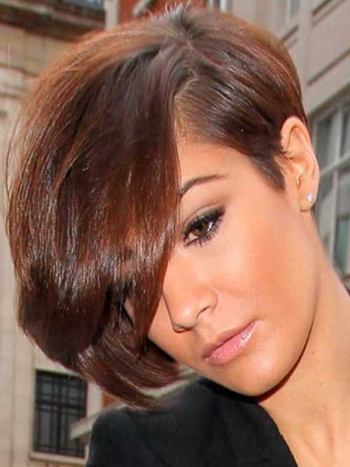 Frankie Sandford Asymmetrical Haircuts