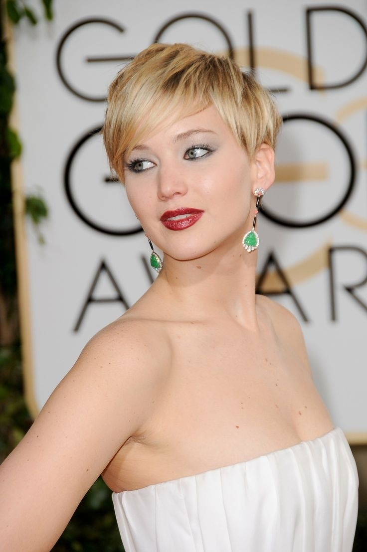 Short Blond Pixie Haircut for Thin Hair