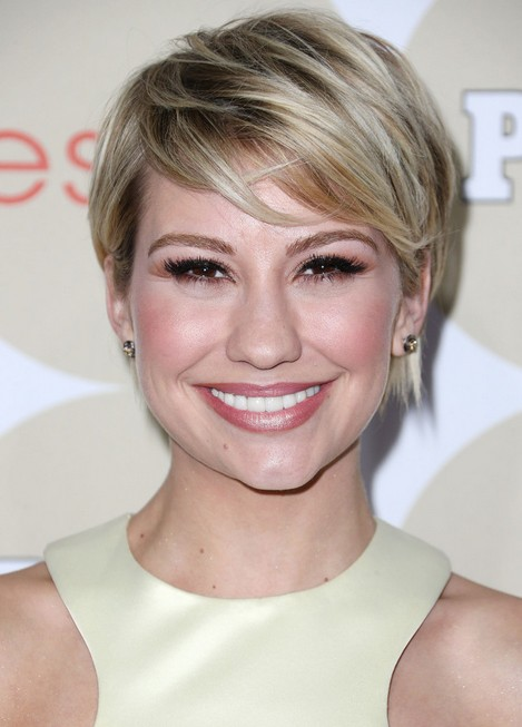 Chelsea Kane Short Haircut 2014 - Asymmetric Short Hairstyle with Bangs