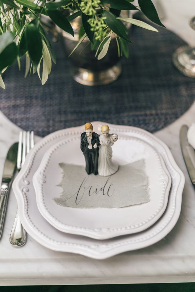 Vintage bride and groom cake topper | The Love Studio | see more on: http://burnettsboards.com/2015/03/vintage-dior-wedding-editorial/