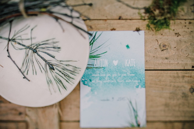 Forest wedding invitation | Irinia Kilmova Photography | see more on: http://burnettsboards.com/2015/03/winter-forest-wedding/
