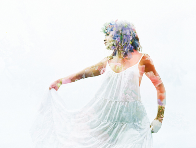 Maui film photographer | Wendy Laurel | see more on: http://burnettsboards.com/2015/03/colorful-maui-bridal-inspiration/