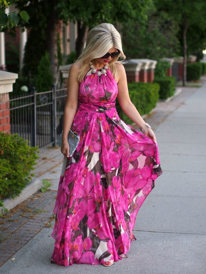 casual romantic look What to Wear as Guest to A Spring Wedding