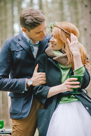 Forest wedding ideas | Irinia Kilmova Photography | see more on: http://burnettsboards.com/2015/03/winter-forest-wedding/