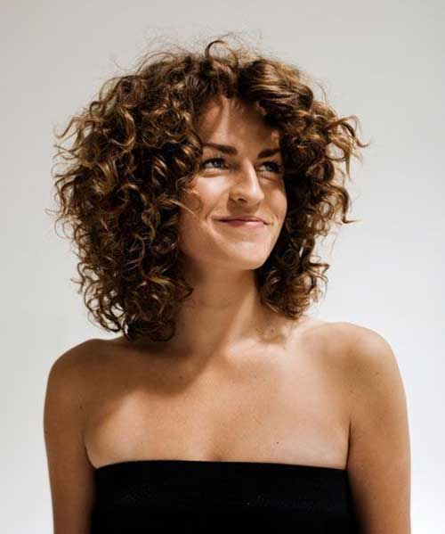 Layered Curly Hairstyle