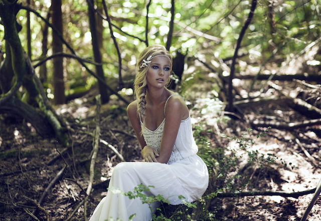 Bohemian bridal headpiece by Olivia | see more on: http://burnettsboards.com/2015/03/olivias-label-wolf/