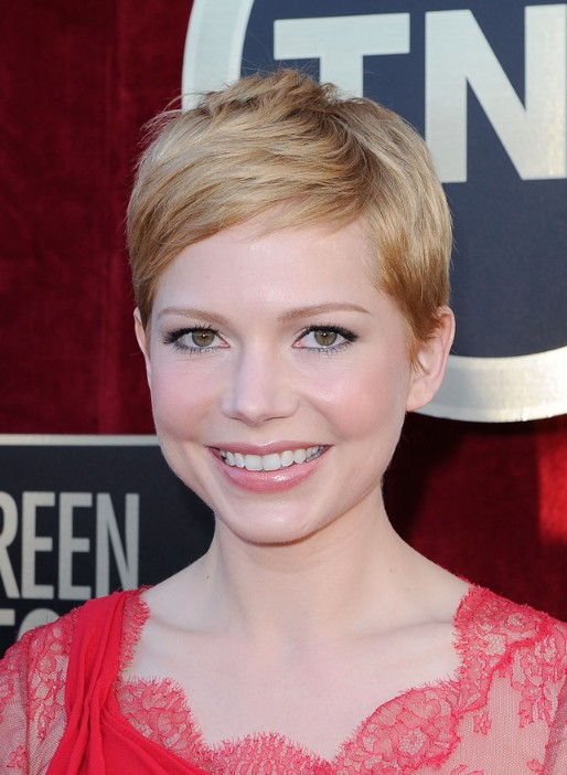 Michelle Williams Pixie Cut for 2014 - Short Straight Haircut for Round, Oval Faces