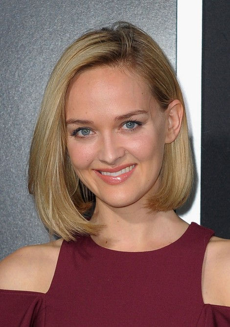 Jess Weixler Short Haircut for 2014 - Straight Bob Hairstyle