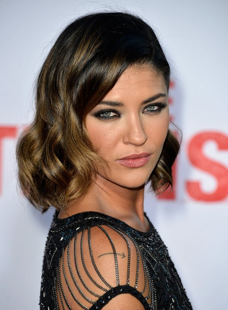 Jessica Szohr Short Hairstyles 2014 - Dark Hair with Subtle Golden Highlights