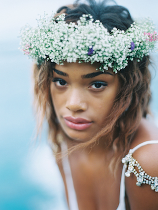 | Wendy Laurel | see more on: http://burnettsboards.com/2015/03/colorful-maui-bridal-inspiration/