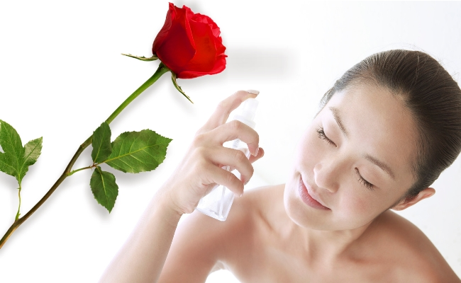 Maintain Skin Health with Rose Water