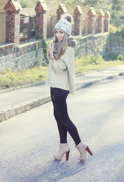 cute outfits to wear with platform boots (2)