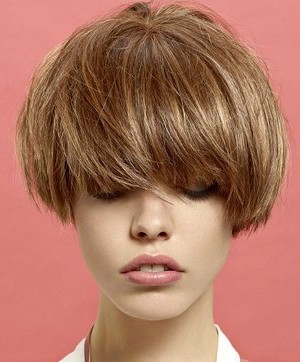 embedded_short_layered_bob