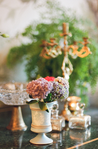 Roman villa wedding | Rochelle Cheever Photography | see more on: http://burnettsboards.com/2015/03/floral-inspired-roman-villa-wedding/