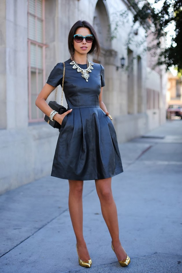 outfits to wear with statement necklace (2)