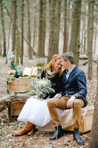 Forest wedding inspiration shoot | Irinia Kilmova Photography | see more on: http://burnettsboards.com/2015/03/winter-forest-wedding/
