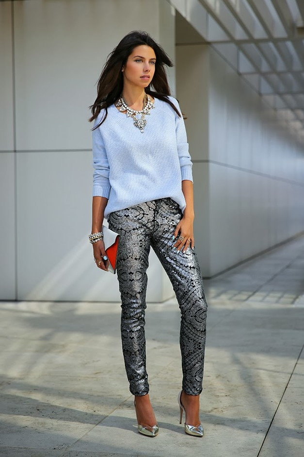 outfits to wear with statement necklace (1)