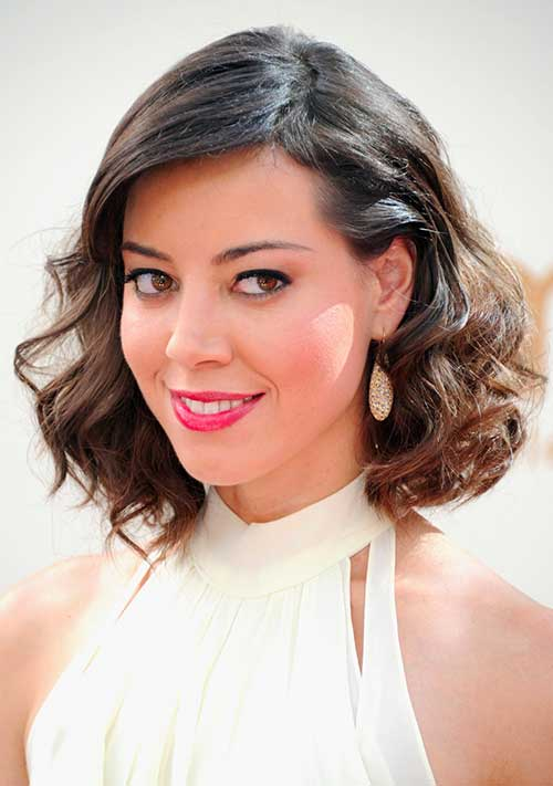 Aubrey Plaza Medium Hair