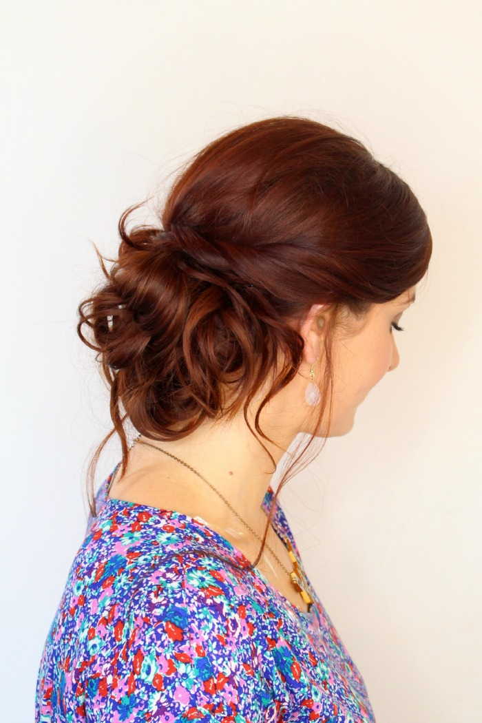 simple messy updo tutorial