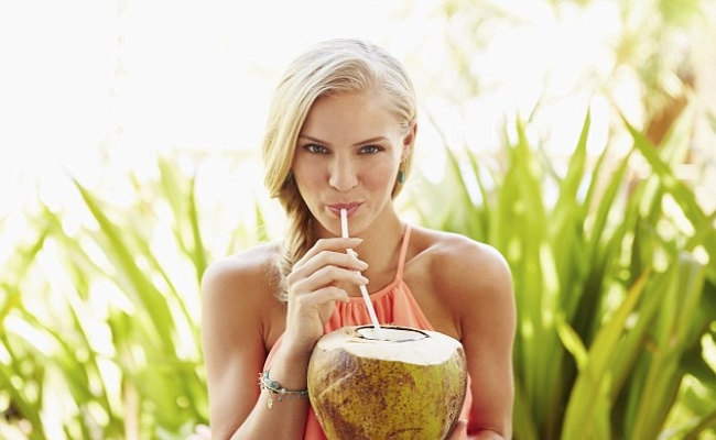 Keep Your Skin Well Hydrated with Coconut Water