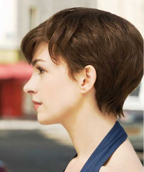 Anne Hathaway Pixie Cut Hairstyle From Side