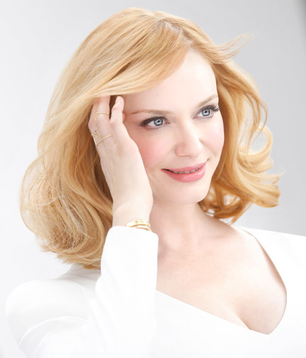 Christina Hendricks' new blonde hair colour on set for Clairol.