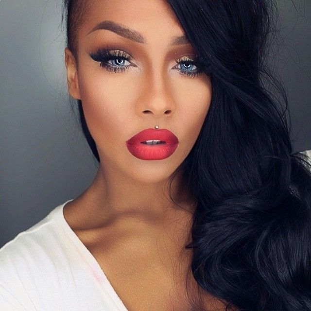 ombre red lips Crazy Lip Trends You Can Wear to a Fun Night Out