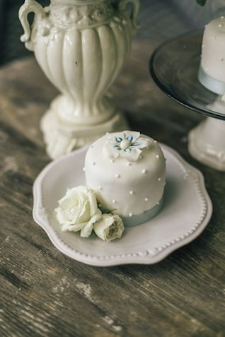 Mini wedding cake | The Love Studio | see more on: http://burnettsboards.com/2015/03/vintage-dior-wedding-editorial/