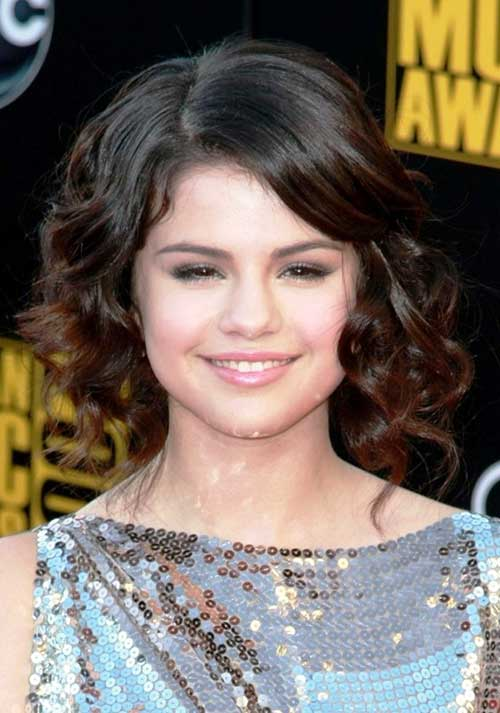 Selena Gomez Short Curly Hairstyles