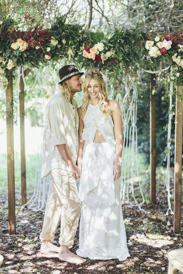 Bohemian wedding ⎪ Tina Shawal Photography ⎪ see more on: http://burnettsboards.com/2015/04/island-inspired-bohemian-wedding/