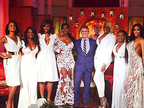 Kenya Moore wore the same white lace gown that Beyonce wore at the 2014 Grammys for the Real Housewives of Atlanta 3-part reunion show.