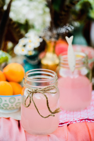 Mason jars with pink lemonade | Hilary Cam Photography | see more on: http://burnettsboards.com/2015/04/diy-bohemian-love-tent/