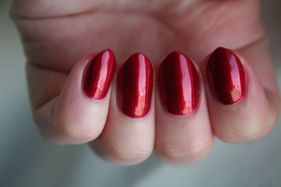 Misslyn Nail Polish in Magma 195.