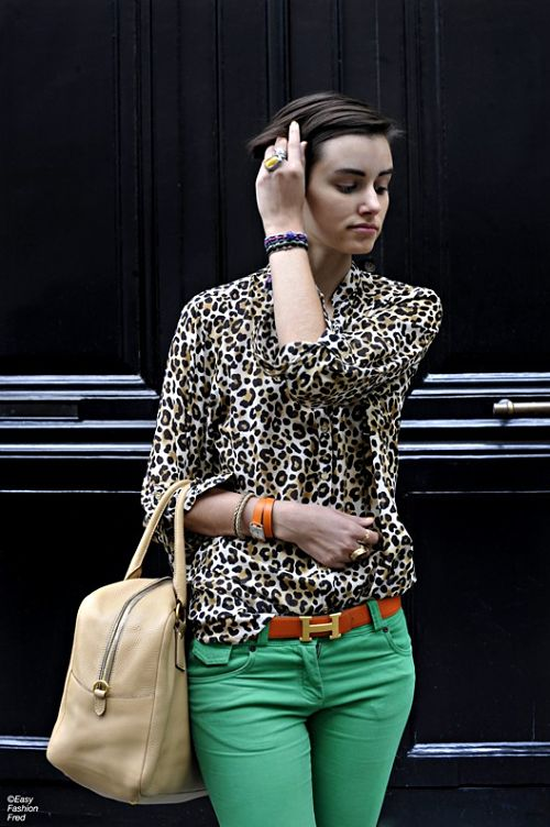 animal print and green jeans with suede belt