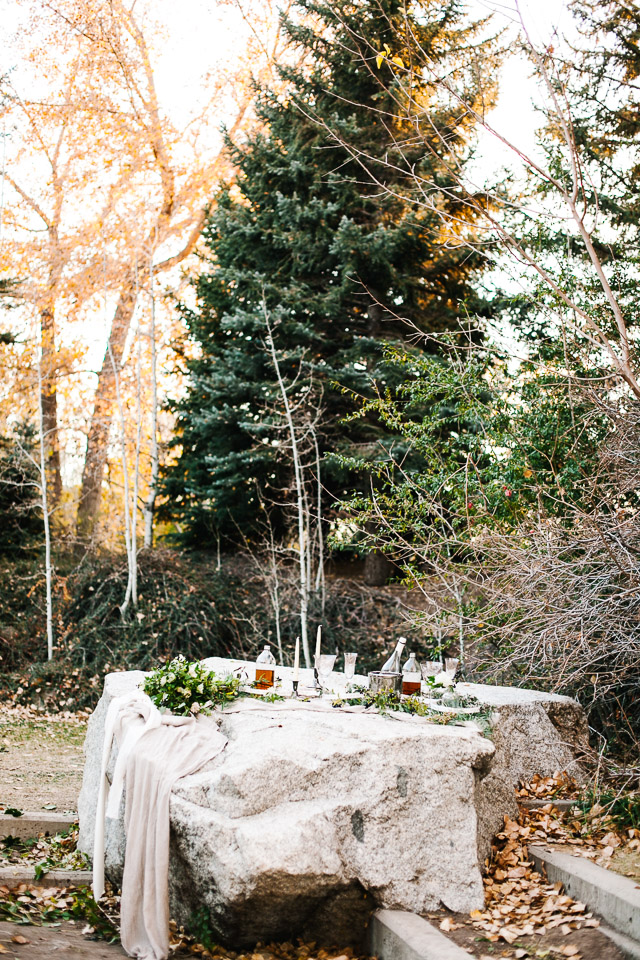 Rock table | Mary Claire Photography | see more on: http://burnettsboards.com/2015/04/dreaming-calligraphy-wedding-editorial/