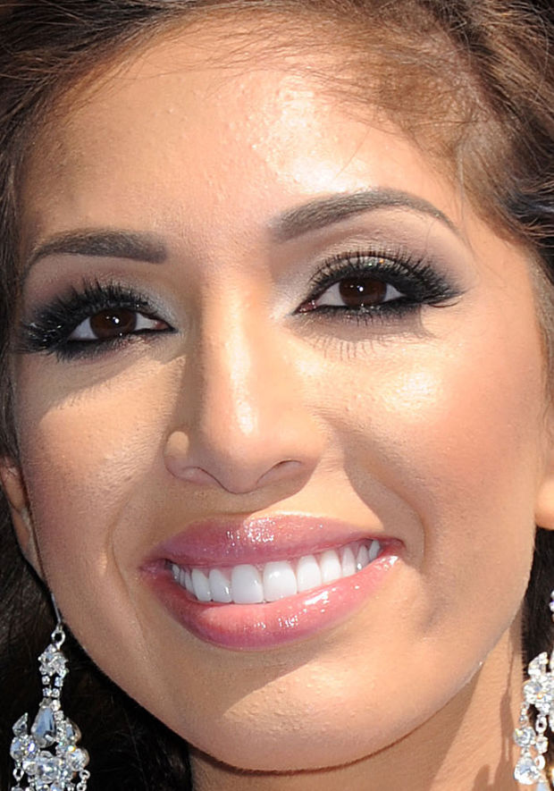 Close-up of Farrah Abraham at the 2015 MTV Movie Awards.