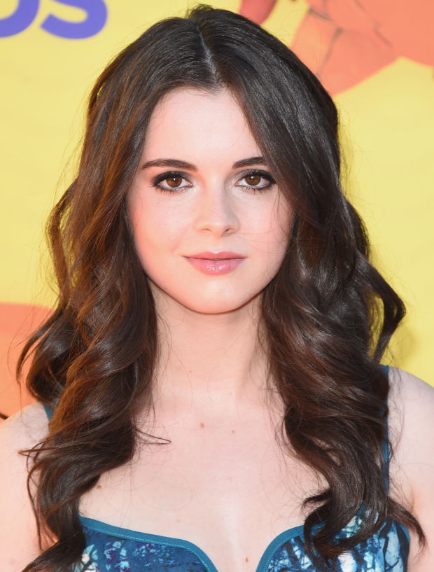 Vanessa Marano at the 2015 Kids' Choice Awards.
