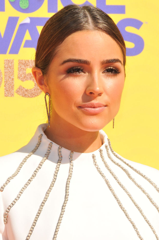 Olivia Culpo at the 2015 Kids' Choice Awards.